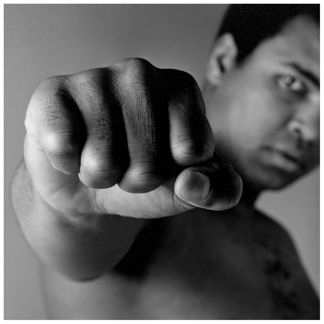Muhammad_Ali_fist