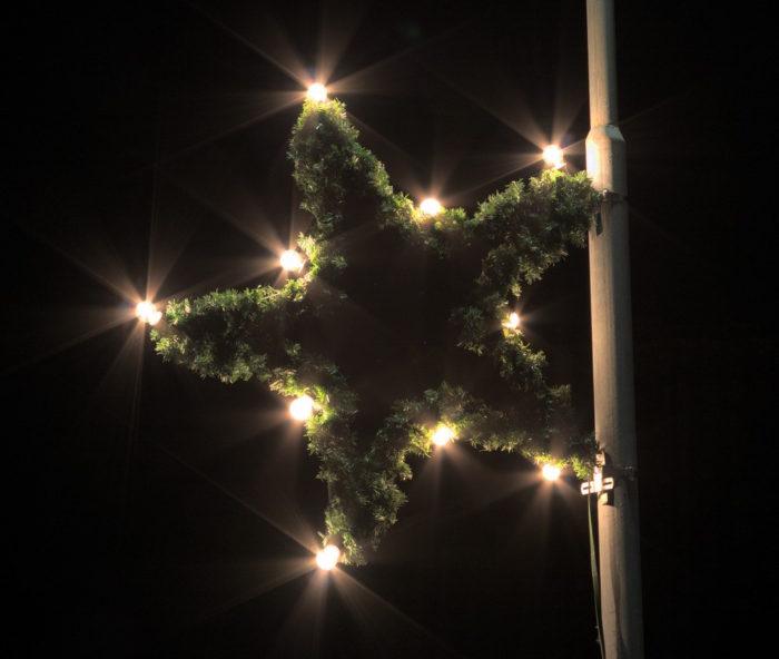 Weihnachtsstern beleuchtet